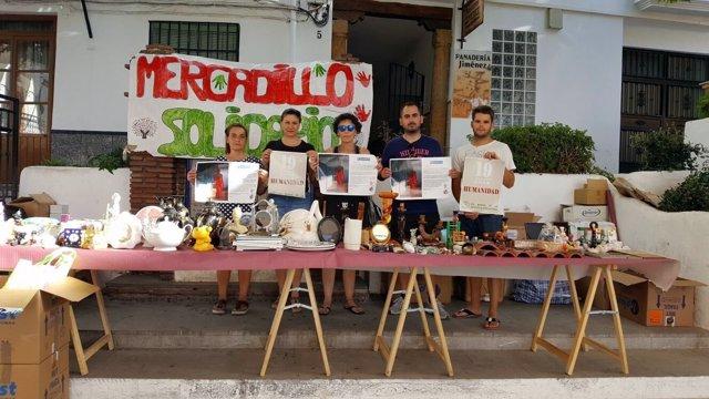 Mercadillo solidario de la ONG Lanjarón-Mira al mundo