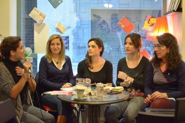 Acto-café de Podemos en Granada