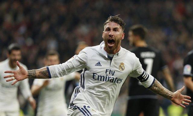 Sergio Ramos celebra un gol contra el Deportivo en el último minuto