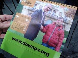 Urkullu y Williams colaboran en el calendario 2017 de Fundación Síndrome de Down