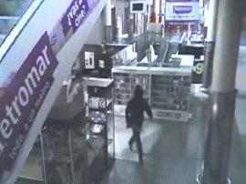 Cuatro detenidos en Sevilla de un grupo especializado en robos en tiendas de telefonía móvil