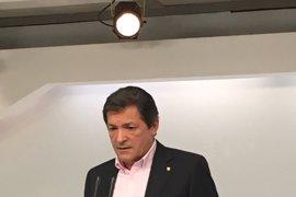 """Javier Fernández dice que el PSOE no puede hacer su congreso """"en carne viva"""" porque sería """"echarle sal a las heridas"""""""