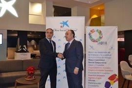 La Diputación de Málaga y 'la Caixa' renuevan su colaboración en innovación social