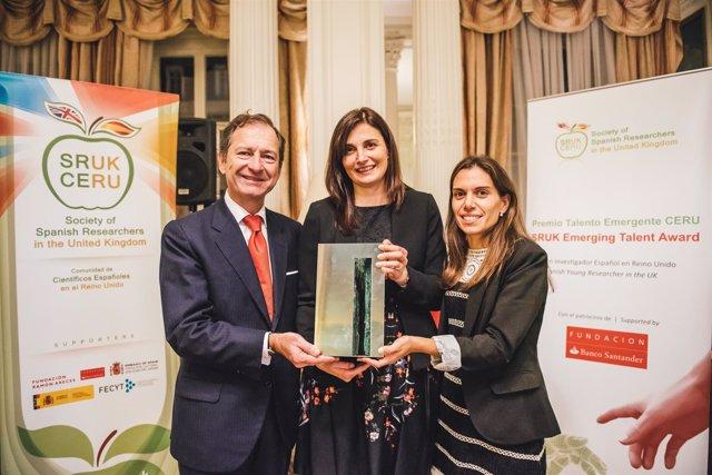 La investigadora Eva Hevia gana el Premio Talento Emergente 2016 de CERU y Funda
