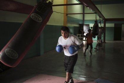 El nicaragüense Román González, reconocido como el mejor boxeador de 2016