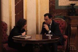 """'Génova' dice que no comparte las críticas de Aznar y recuerda que FAES """"ya no forma parte del PP"""""""