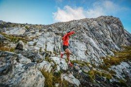 Kilian Jornet aporta su experiencia al libro 'Manual de Medicina de Montaña y del Medio Natural'