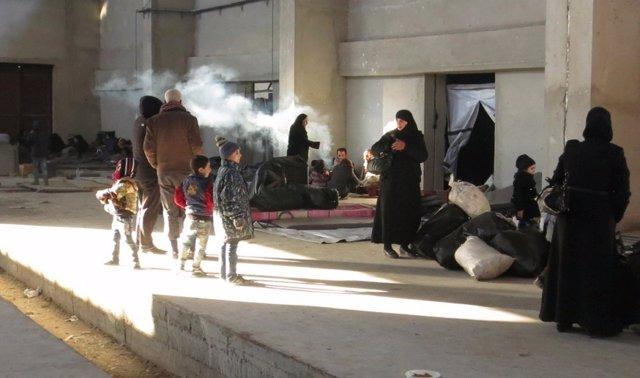 Desplazados de Alepo este en la parte oeste