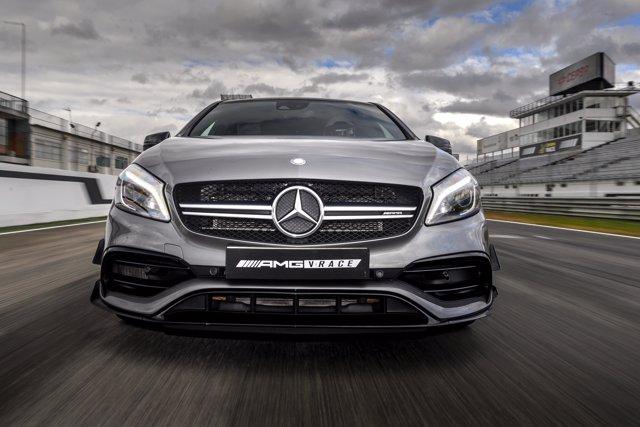 Mercedes AMG Race