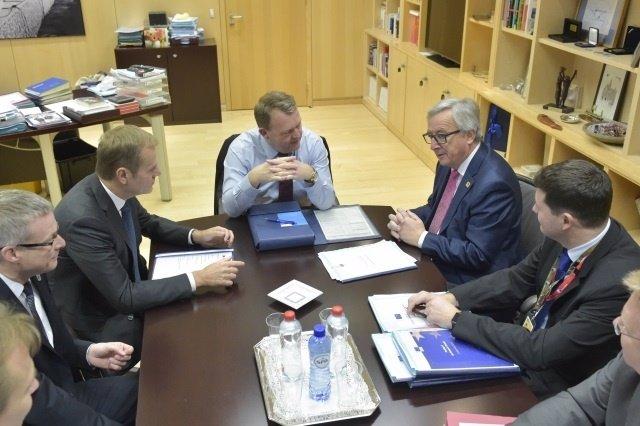 Donald Tusk, Lars Lokke Rasmussen y Jean-Claude Juncker