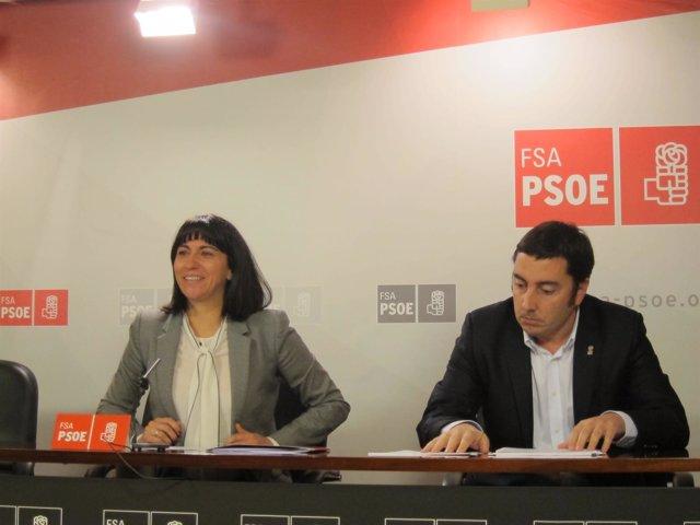 La diputada del PSOE Elsa Pérez y el alcalde de Llanera, Gerardo Sanz