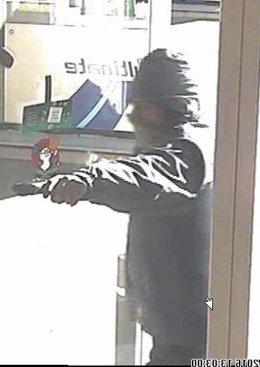 Ingresa en prisión el atracador de una gasolinera de L'Hospitalet de Llobregat