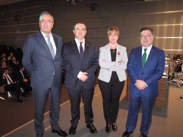 El presidente de Puertos del Estado, José Llorca, en Gijón