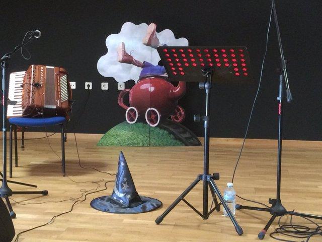 A Deputación Conmemora O Nadal En Galego Coas Cancións De María Fumaça