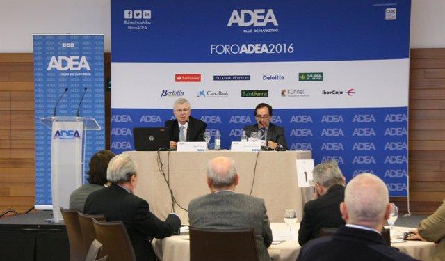 Miguel Heras y Salvador Arenere en la jornada de cierre del Foro ADEA 2016