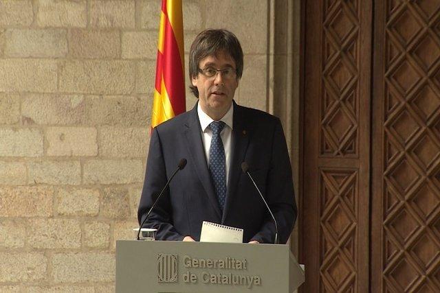 Puigdemont se ratifica en el referéndum pese al TC