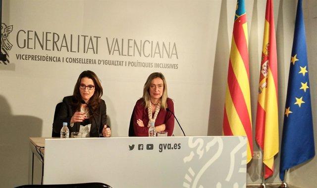 Mónica Oltra y Helena Ferrando en rueda de prensa