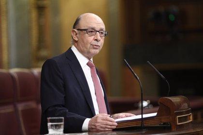 Montoro asegura que la reducción del déficit será compatible con la dotación de recursos a las AAPP