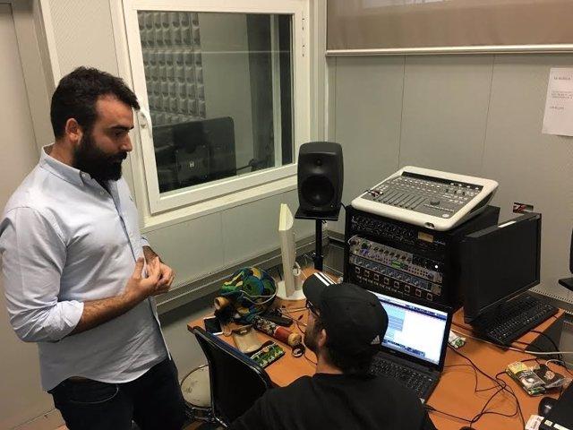 Mayoral en el estudio de grabación