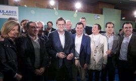 Rajoy asiste a la Copa de Navidad del PP de Córdoba junto a Moreno y Nieto