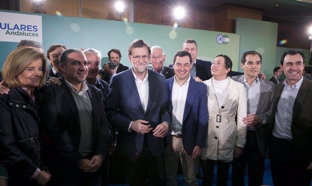 Mariano Rajoy, Fátima Báñez y otros dirigentes populares en Córdoba