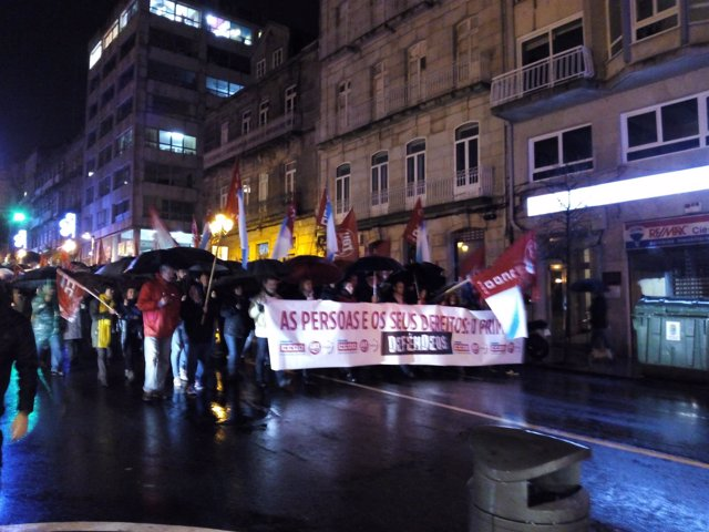 Manifestación en Vigo de UGT y CC.OO.