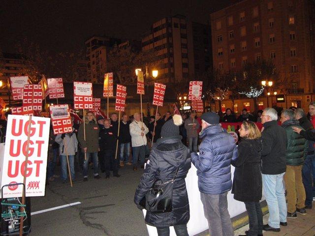 Concentración por la recuperación de derechos en Logroño