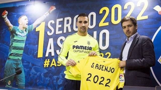 Sergio Asenjo renueva con el Villarreal CF