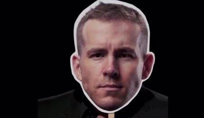 VÍDEO: Hugh Jackman felicita a Ryan Reynolds con una hilarante imitación