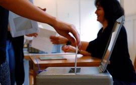 Suiza aprueba una ley destinada a frenar la inmigración