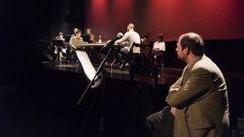 Alberto Conejero estrena este lunes 'La melancolía de las jirafas' en una lectura dramatizada en la Fundación SGAE