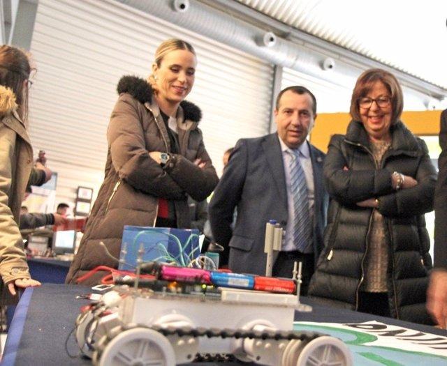 Alba, Ruiz Espejo y De la Calle