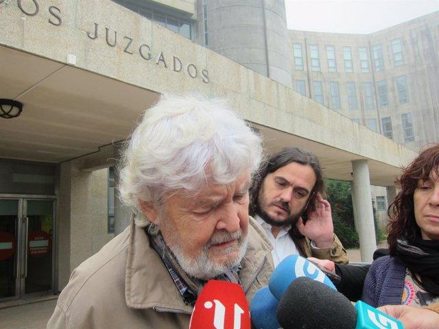Xosé Manuel Beiras, líder de Anova, en declaraciones a los medios