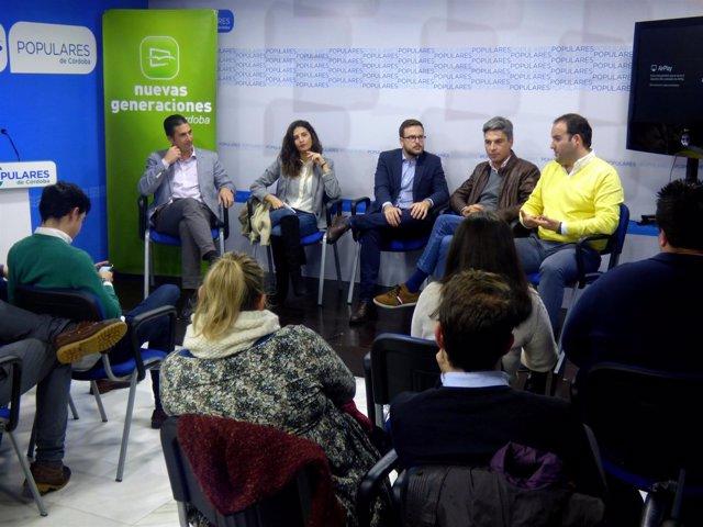 Reunión del Grupo PP de la Diputación con Nuevas generaciones de Córdoba.