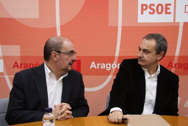 Javier Lambán y José Luis Rodríguez Zapatero en la sede del PSOE.