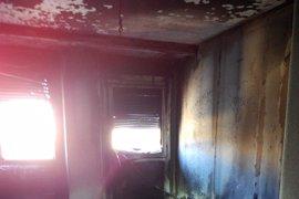Seis personas intoxicadas por inhalación de humo en el incendio de un piso en Pamplona