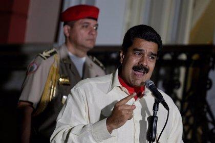 Maduro prorroga la vigencia del billete de 100 bolívares hasta el próximo 2 de enero
