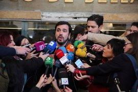 """Garzón (IU) asegura que la crisis económica """"ha sido una estafa"""" y llama a la movilización de sus """"víctimas"""""""