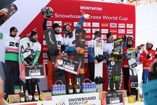Lucas Eguibar y Regino Hernández Copa Mundo snowboard cross Austria