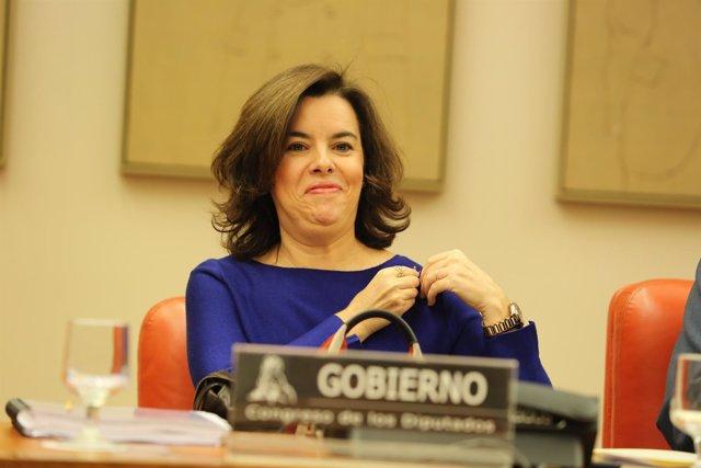 Soraya Sáenz de Santamaría comparece en la Comisión Constitucional del Congreso