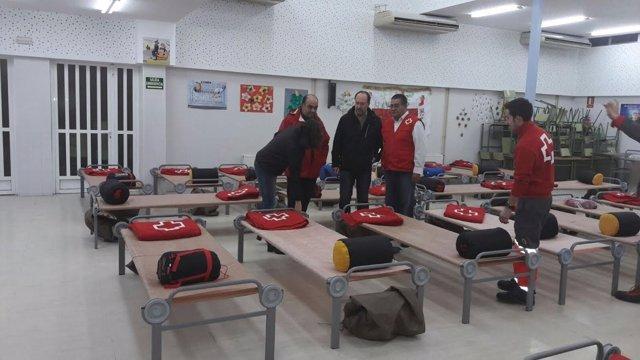 Albergue habilitado por Cruz Roja en la Vega Baja de Alicante