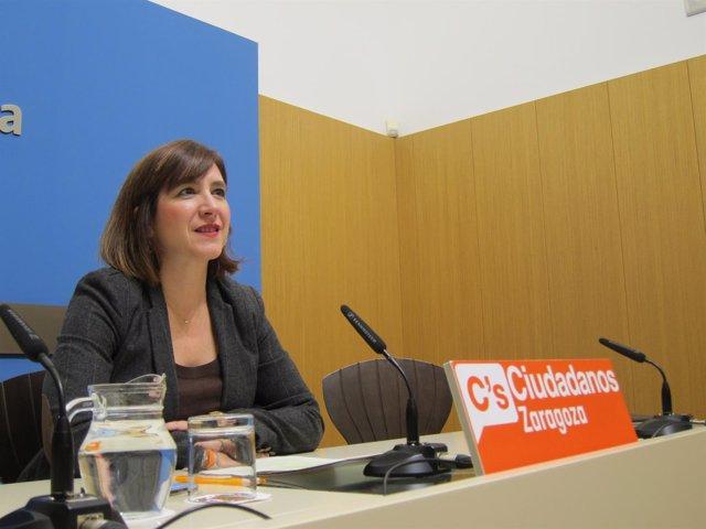 Sara Fernández (C's) en rueda de prensa en el Ayuntamiento