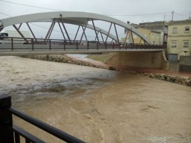 Emergencias eleva a rojo el nivel de preemergencia por lluvias en el sur de Valencia y norte de Alicante