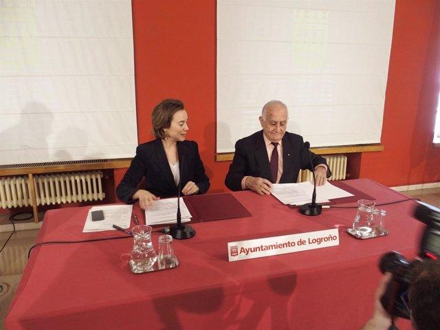 Gamarra y Reinares firman el convenio