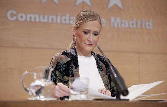 CIFUENTES PRESIDE LA REUNIÓN DEL CONSEJO DE GOBIERNO La Presidenta De La Comunid