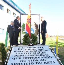 Homenaje a los funcionarios de prisiones vícitmas del terrorismo en Algeciras