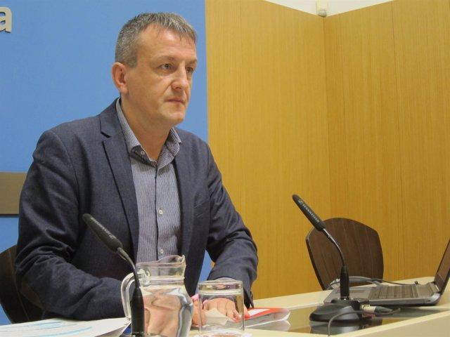 Fernando Rivarés, hoy en rueda de prensa en el Ayuntamiento