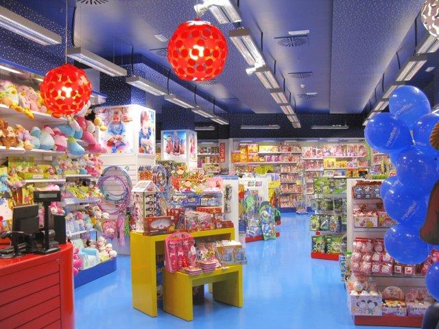 Interior de una tienda de Juguettos