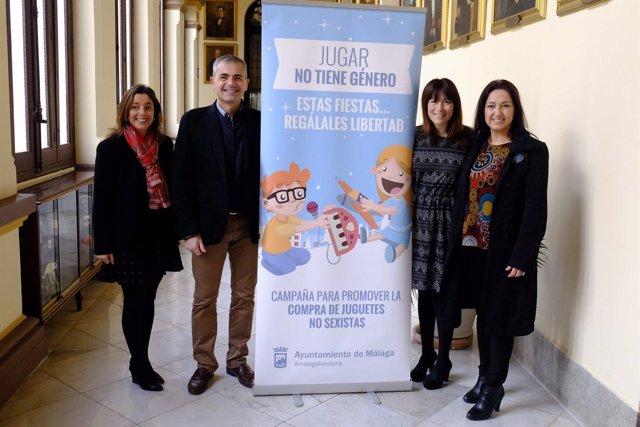 Area de Igualdad de Oportunidades ayuntamiento Málaga presenta campaña juguetes