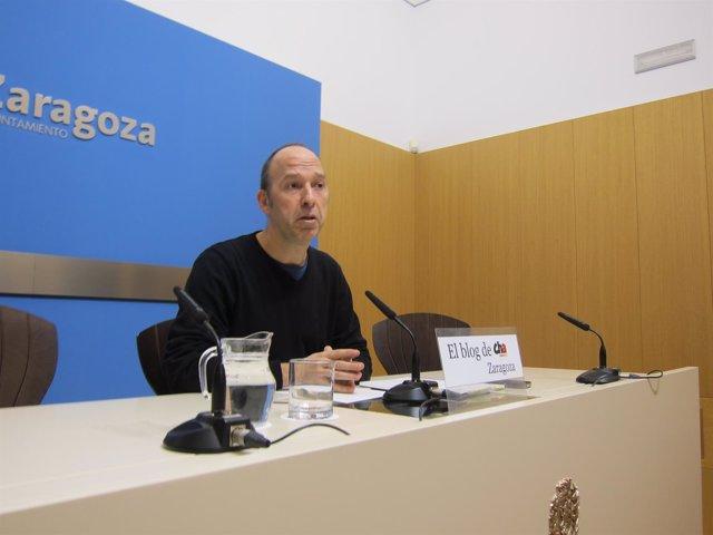 El portavoz de CHA en el Ayuntamiento, Carmelo Asensio